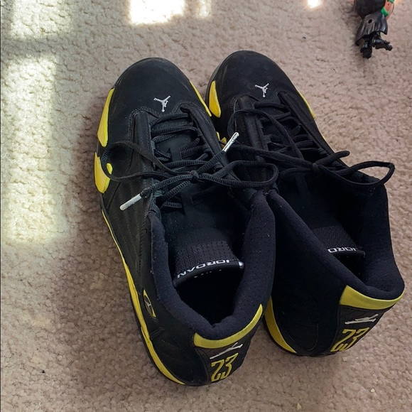 newest 1b416 6b3ff black and yellow 14's